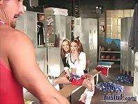 Jennie got it with Ashley