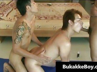 Jizz funny Wrestlers gratis gay porno