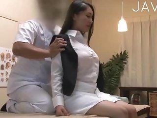 Hot Chick Gets Massaged